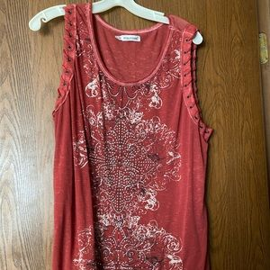 Maurices red sleeveless t shirt with studs